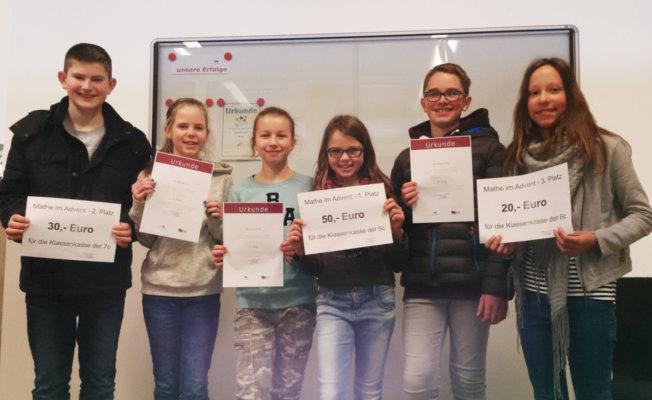 "Jakob (7c), Julius (6d) und Viviana (6e) ""Mathe im Advent"" Gewinner – Klassensieger ebenfalls gekürt"